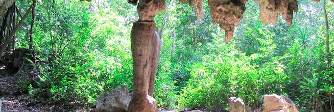 Landscape evolution at Kuumbi Cave, Zanzibar